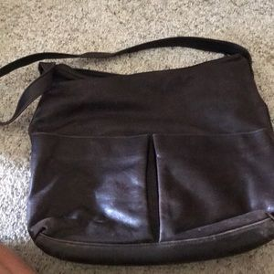 Over the shoulder Pocketbook